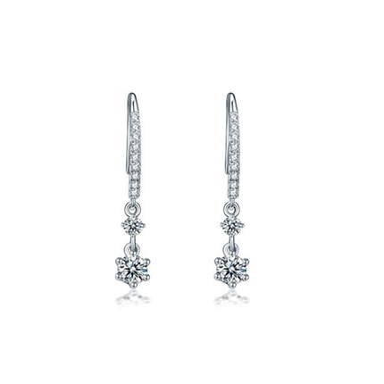 【真爱】 白18k金时尚钻石耳钉
