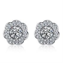 【樱花】系列 白18K金钻石女士耳钉