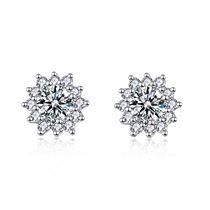 【初雪】系列 白18k金显钻群镶钻石耳钉