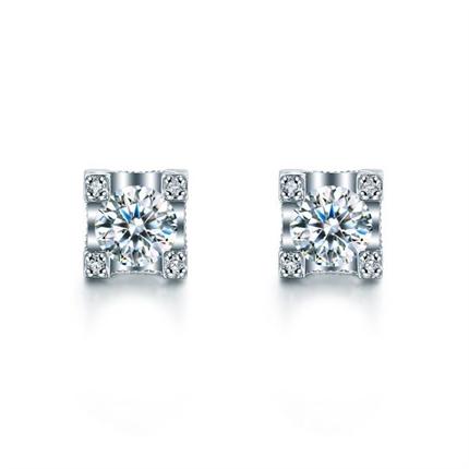 【城堡】 白18K金28分时尚女款钻石耳钉