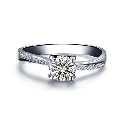 【挚爱-倾慕我】 白18K金30分拉钻石女士戒指