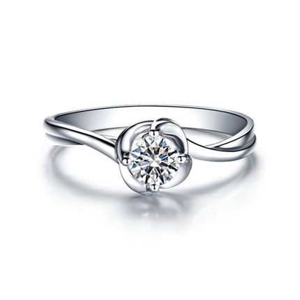 【玫瑰人生】 白18k金求婚结婚钻石女士戒指
