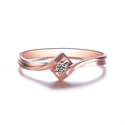 【環抱】 18K玫瑰金女款鉆石戒指