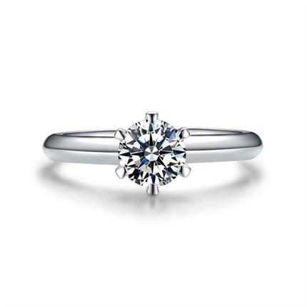【摯愛經典-加冕我】 白18K金30分女款鉆石戒指