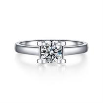 【挚爱-拥抱我】 白18K金24分/0.24克拉结婚钻石女士戒指