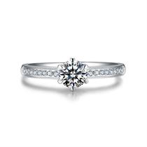 【挚爱】 白18K金24分/0.24克拉求婚订婚结婚钻石女士戒指