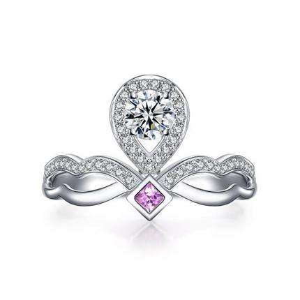 【一生的公主】 白18K金水滴形求婚订婚结婚钻戒