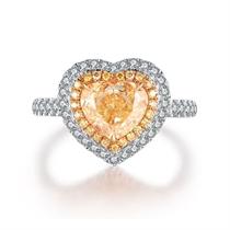 【心跳】 白18K金1克拉白钻心形群镶钻石戒指