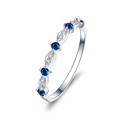 【瞬间】 白18K金女款蓝宝石钻戒排戒