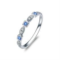 【瞬间】 白18K金女款蓝宝石钻戒