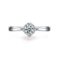 【挚爱-珍藏我】 白18k金四爪群镶钻石戒指