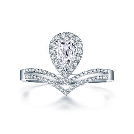 【皇冠】 白18k金50分水滴形求婚结婚钻戒