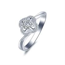 【四叶草】 白18k金群镶求婚订婚结婚钻石戒指
