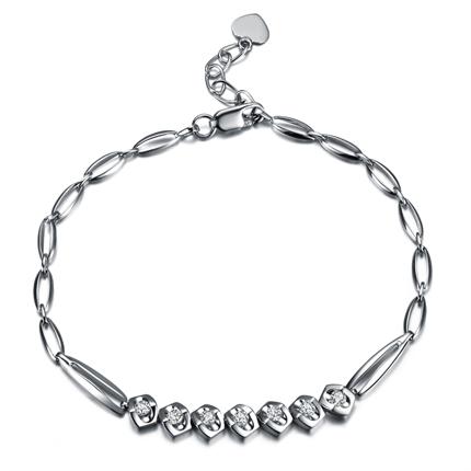 【心之吻】 白18k金32分钻石手链