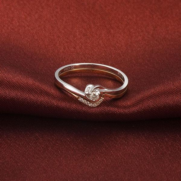 心语  佐卡伊 18K双色金钻石女戒,一款多戴组合戒