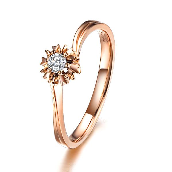 》》点击进入【花颜】 7分/0.07克拉玫瑰金钻石戒指