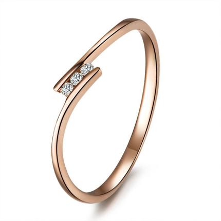 【秀气】 玫瑰金钻石戒指 0.70 克