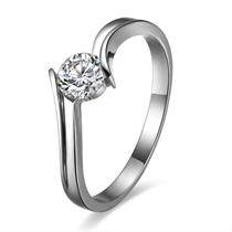 【水眸】 白18k金30分/0.3克拉钻石戒指