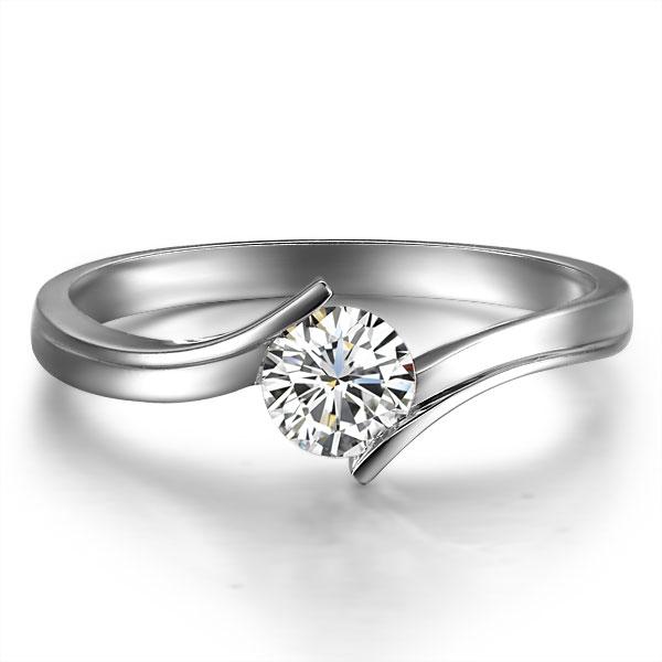 》》点击进入【简】 白18k金10分/0.1克拉钻石戒指