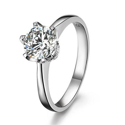 【爱之卫冕】 白18k金100分/1克拉钻石戒指