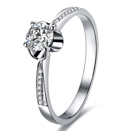 【爱之承诺】 白18k金40分/0.4克拉钻石戒指