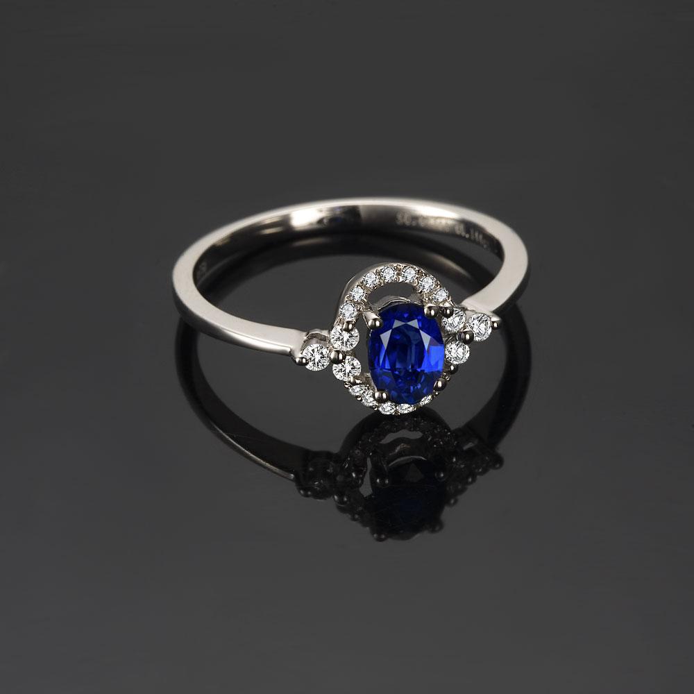 》》点击进入【情语】 天然蓝宝石女士戒指