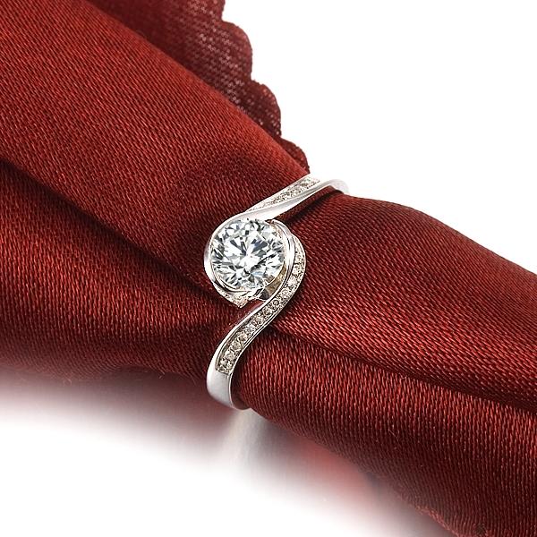 【倾城】 白18k金50分/0.5克拉钻石戒指