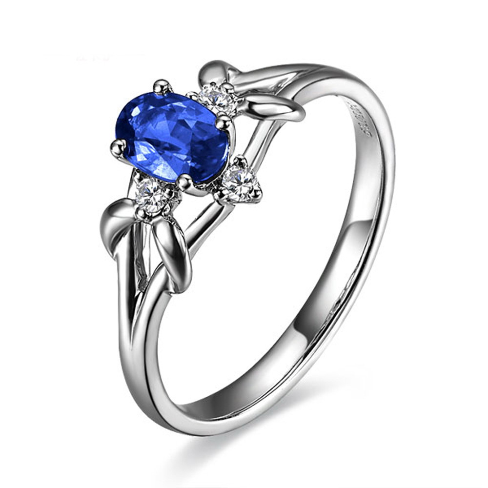 【一见倾心】 白18k金天然蓝宝石戒指