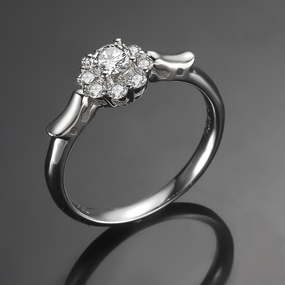 》》点击进入【盘龙之戒】 白18k金钻石戒指