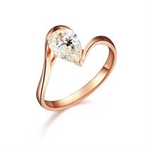 天之娇子 100分/1克拉玫瑰金钻石戒指