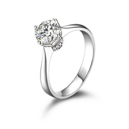 【爱的桂冠】 白18k金钻石戒指