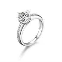 【喝彩】 白18k金30分/0.3克拉钻石戒指