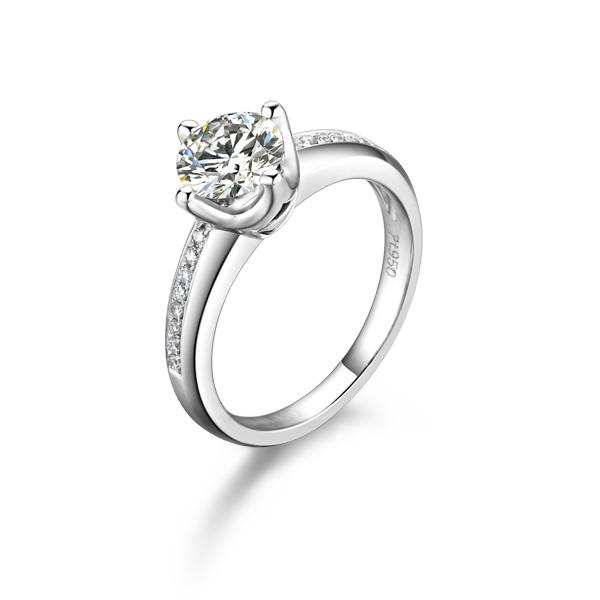 》》点击进入【喝彩】 白18K金30分/0.3克拉钻石女士戒指