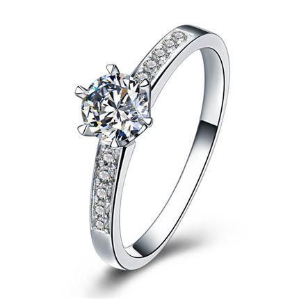 【罗马之恋】 白18K金 钻石戒指