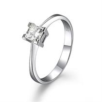 【爱情城堡】 白18k金钻石戒指