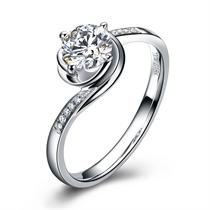 【玫瑰人生】 白18K金显钻女款钻石戒指