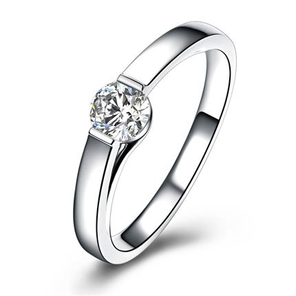 【恋爱零距离】 白18k金钻石女士戒指