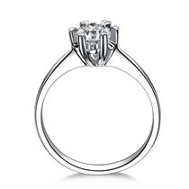 【心花怒放】 50分/0.5克拉PT950铂金钻石戒指