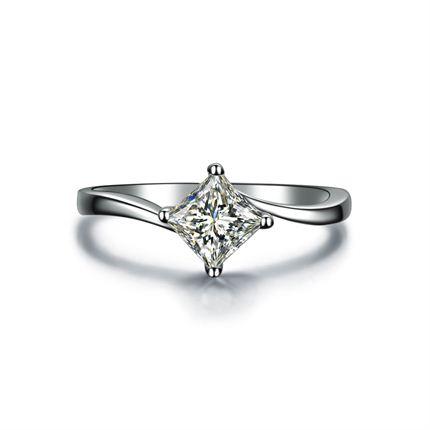 【红颜】 白18k金公主方钻石戒指