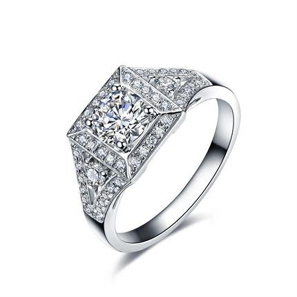 【爱在巴黎系列】 白18K金钻石女士戒指