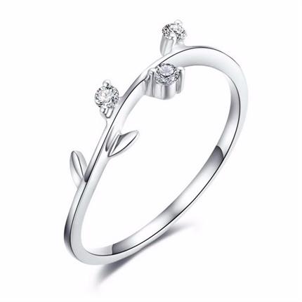 【秘密花园-橄榄枝】 白18K金时尚钻戒女