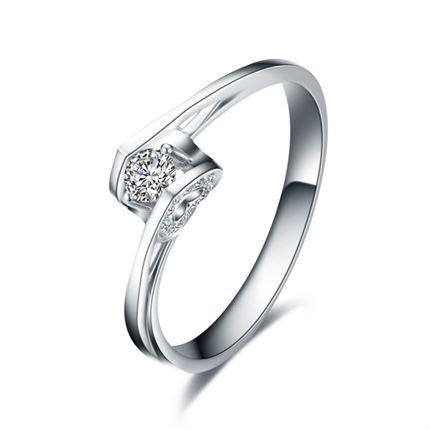 【天使之吻】 白18k金钻石女戒