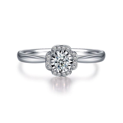 【捧花】 白18K金群镶钻戒求婚钻石戒指