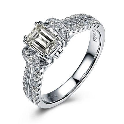 【蝴蝶】 白18K金钻石女士戒指