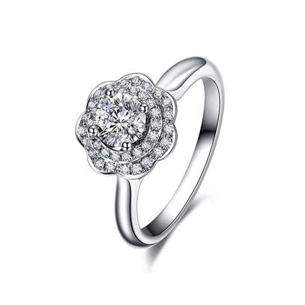 【捧花系列-樱花】 白18K金钻石女士戒指