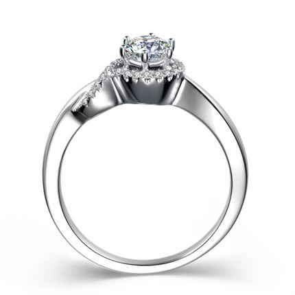 【爱的诱惑】 白18K金35分/0.35克拉钻石女士戒指