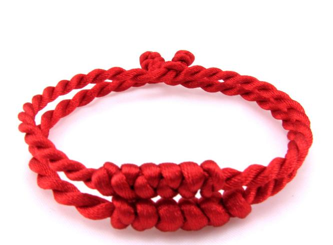 绳结手链编法图解 绳结手链编法教程