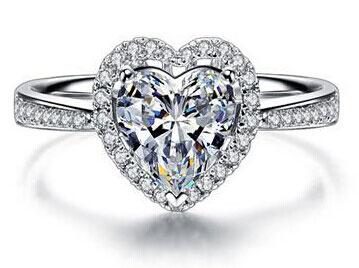 心形钻石戒指寓意  佩戴心形钻石戒指代表的意义