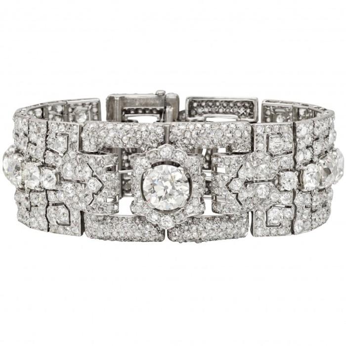 钻石手镯要怎么挑选 钻石手镯的选购