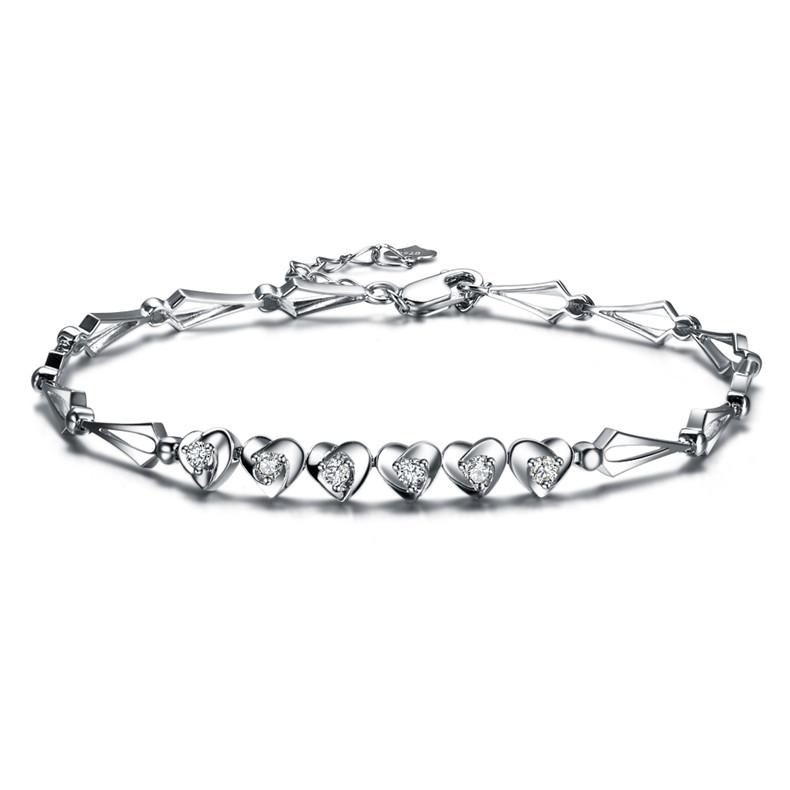 钻石手镯和钻石手链有什么不同
